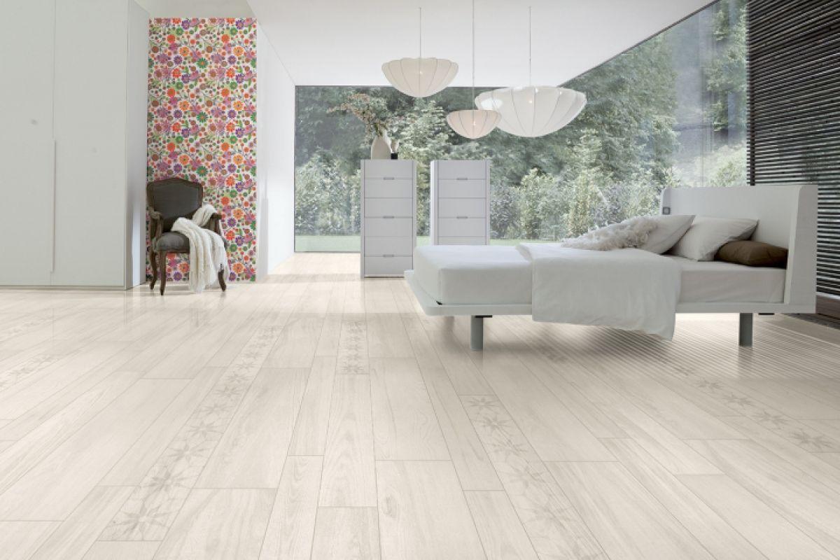 carrelage bois exterieur lorient dans le morbihan 56. Black Bedroom Furniture Sets. Home Design Ideas