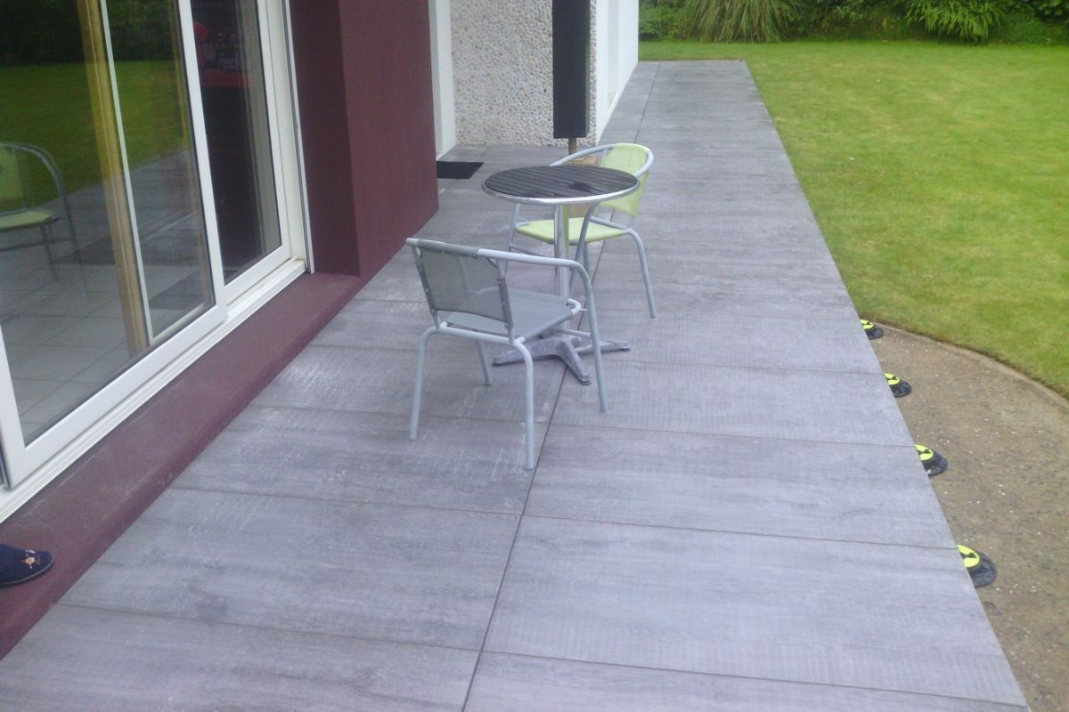 Carrelage terrasse point p point p carrelage exterieur for Carrelage spot point p