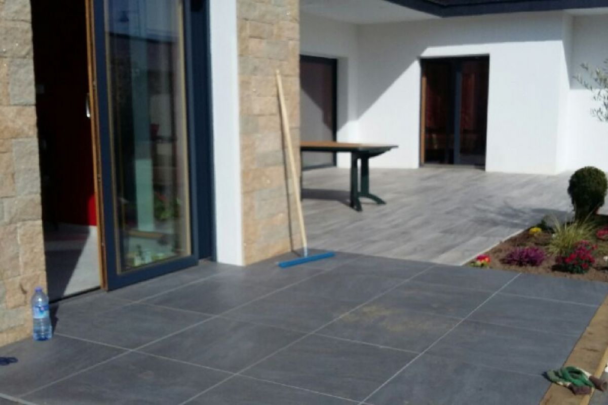 Conception et plan carrelage exterieur terrasse 1000 for Carrelage exterieur terrasse