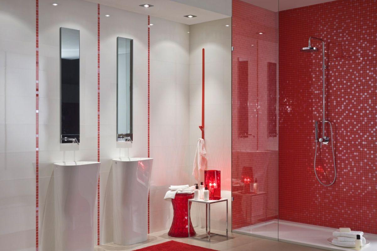 show room salle de bain univers salle de bain chez bulles cuisines lyon salle dueau avec douche. Black Bedroom Furniture Sets. Home Design Ideas