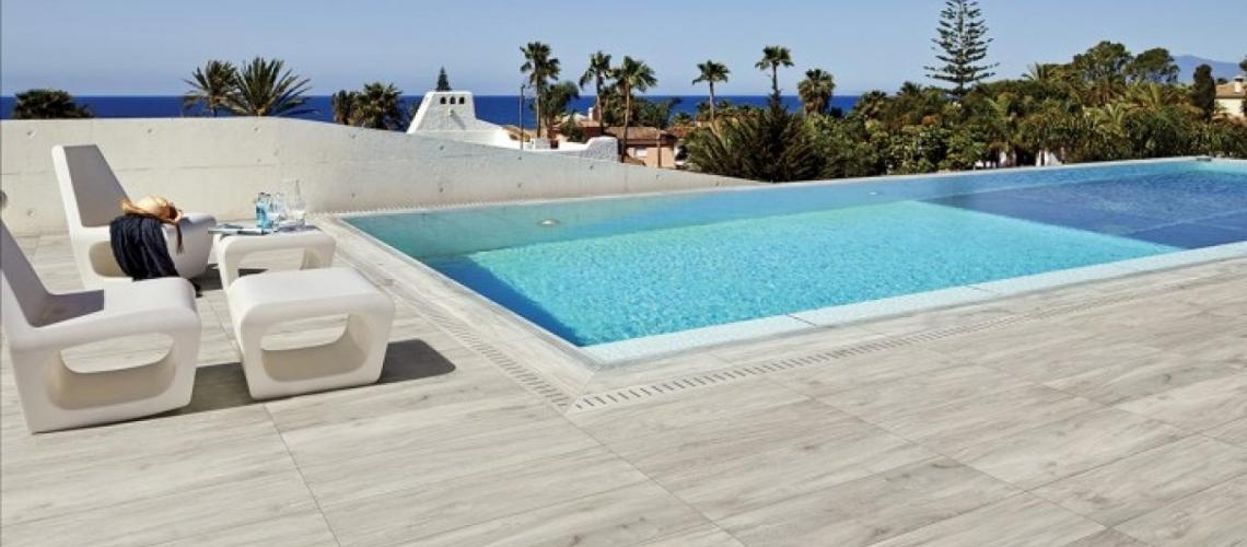 Carrelage design carrelage terrasse moderne design for Carrelage piscine espagne